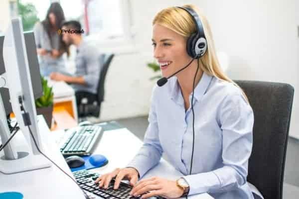 secretaire-juridique-dans-un-secretariat-juridique-et-d-avocat-et-Permanence-téléphonique-pour-les-professions-juridiques